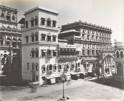 The Bazar and the Ayna Mahel [Junagadh]
